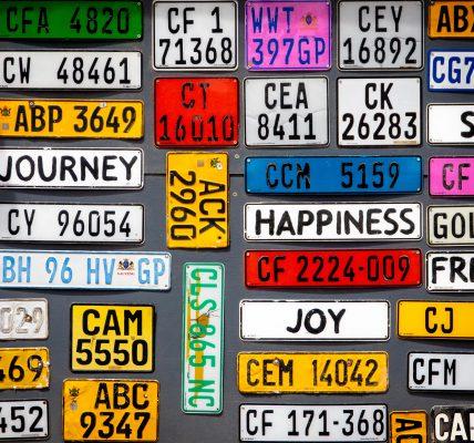 żółte tablice rejestracyjne